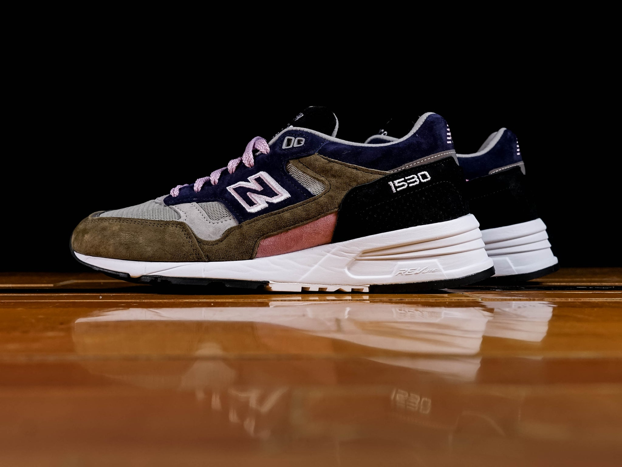 on sale e5710 99381 Men's New Balance 1530 Made in UK [M1530KGL]