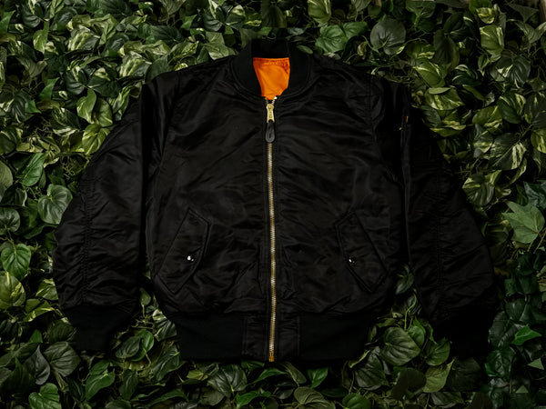 Alpha Indudstries MA-1 Flight Jacket [MJM21000C1-BLK]
