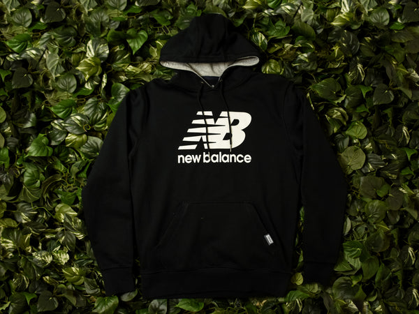 Men's New Balance Classic Pullover Hoodie [MT63551-BK]