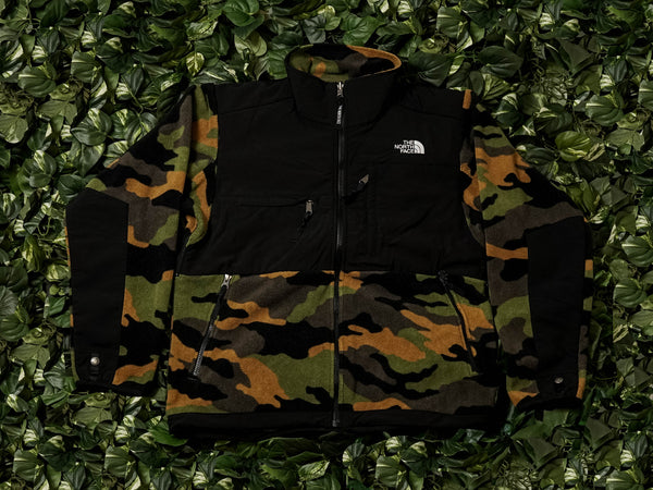 The North Face 1995 Retro Denali Jacket [NF0A3XCDFQ9]