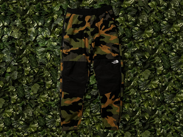 The North Face 1995 Retro Denali Pants [NF0A3XCGFQ9]
