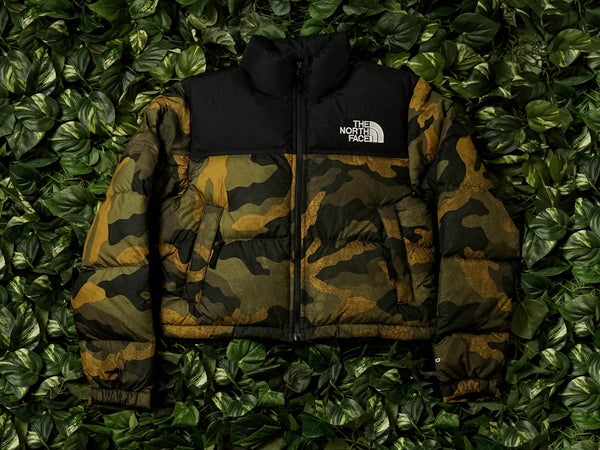 The North Face W Nuptse Crop Jacket [NF0A3XE2F32]