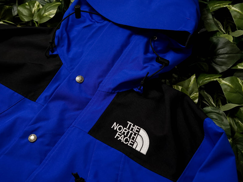 The North Face 1990 Mountain Q Jacket [NF0A3XEJCZ6]