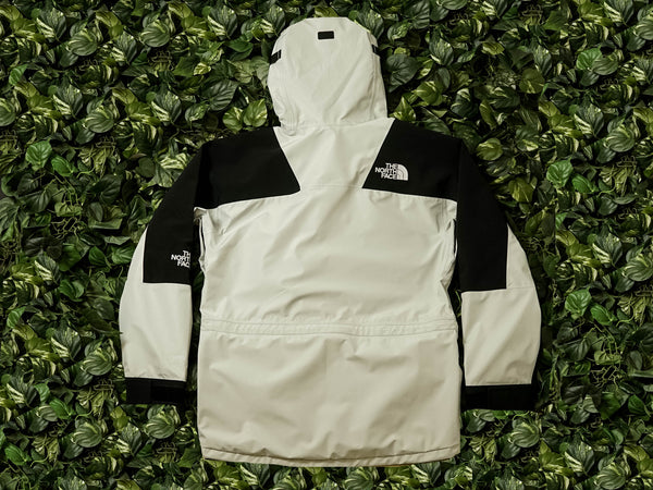 The North Face 1994 Retro Mountain Jacket [NF0A4R529B8]