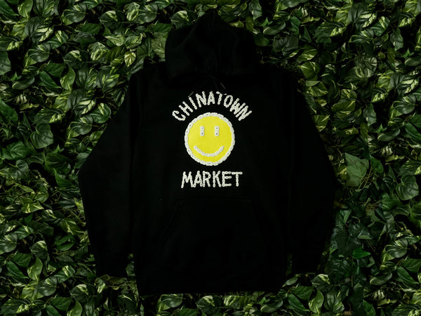 Men's Chinatown Market 'Smiley Logo' Hoodie [CTM-BCH-BLK]
