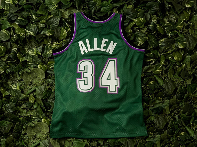 Mitchell & Ness Mens NBA Milwaukee Bucks '96 'Ray Allen' Swingman Jersey