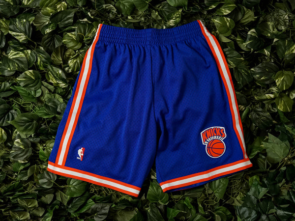 Mitchell & Ness 'Knicks 91' Swingman Shorts [SMSHGS18241-NYKROYA91]