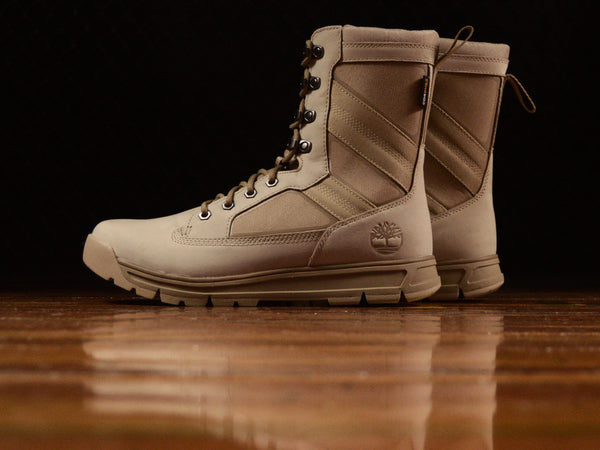 Men's Timberland 8 Inch Field Guide Boots [TB0A1NHC]