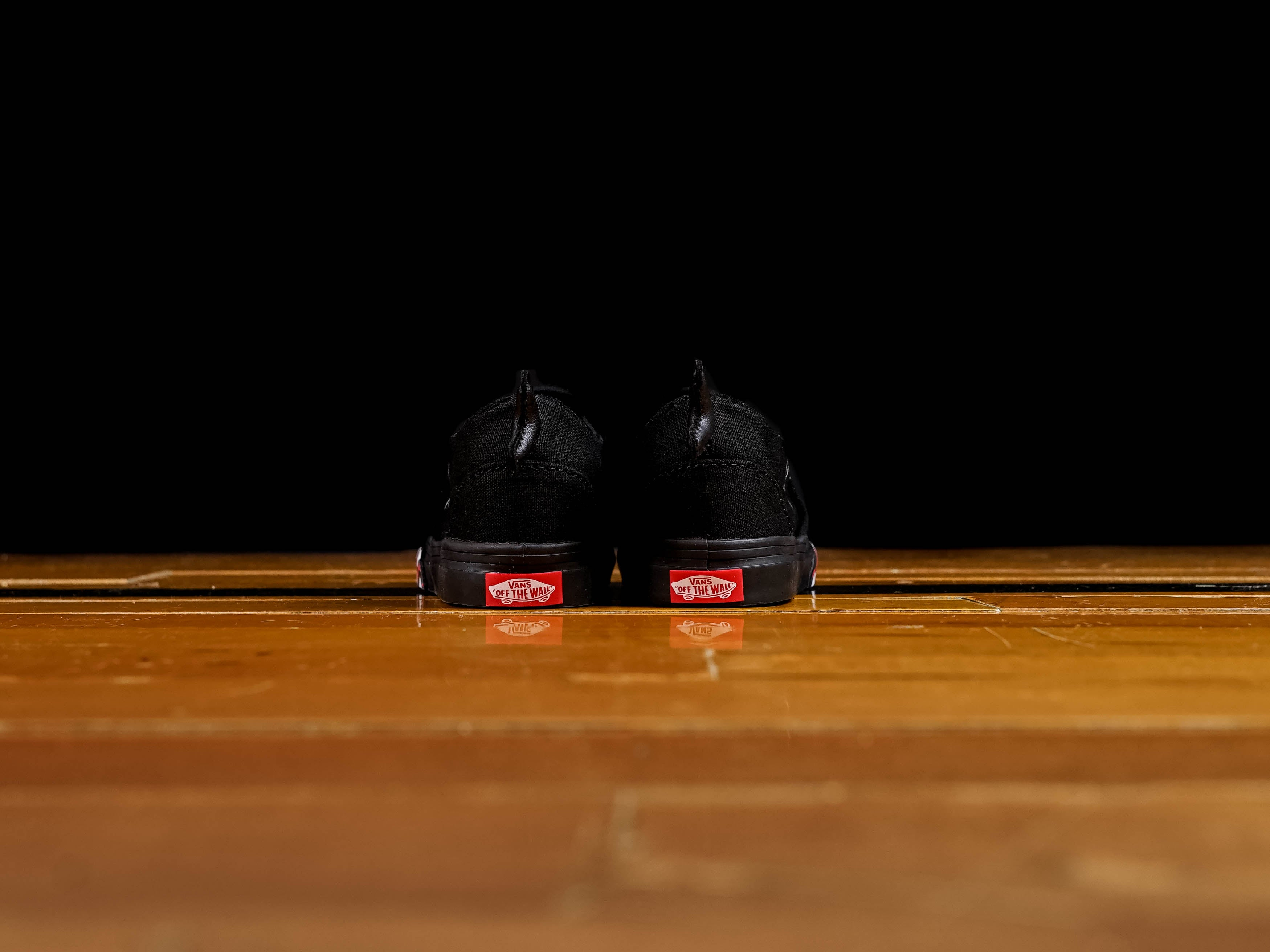 9df4ae1296a78 KickDB - Search sneaker stores