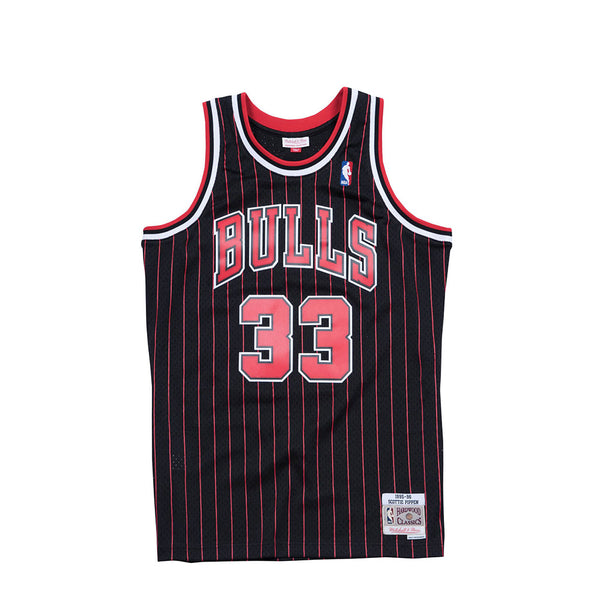 Mitchell & Ness Mens NBA Chicago Bulls '95 'Scottie Pippen' Swingman Jersey