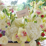 Load image into Gallery viewer, Custom Flower Arrangements & Gifts