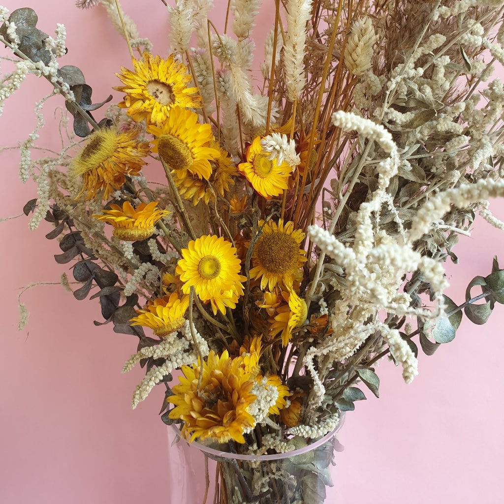 Dried Flowers Arrangement in Vase