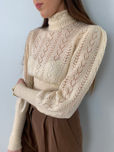 Beautiful vintage 1970s fine hand knitted jumper