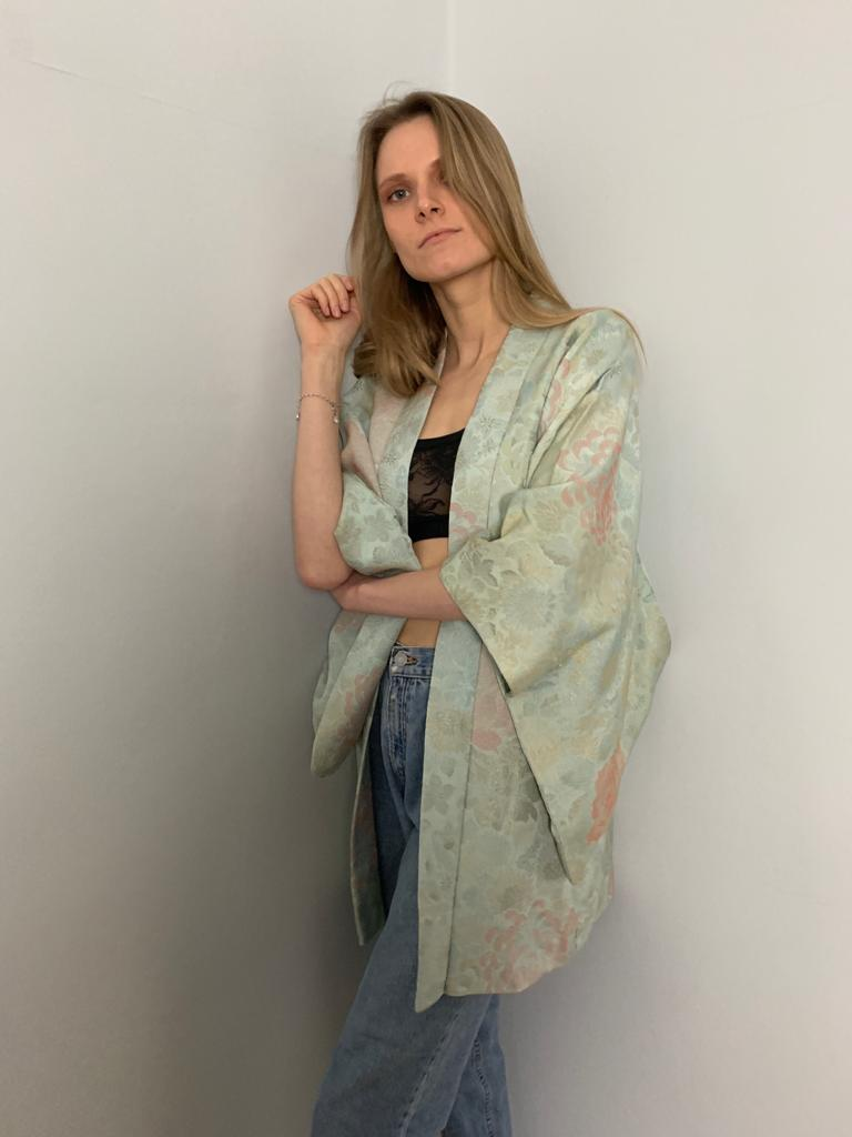 Traditional 1960's Haori Japanese Kimono - Mint green