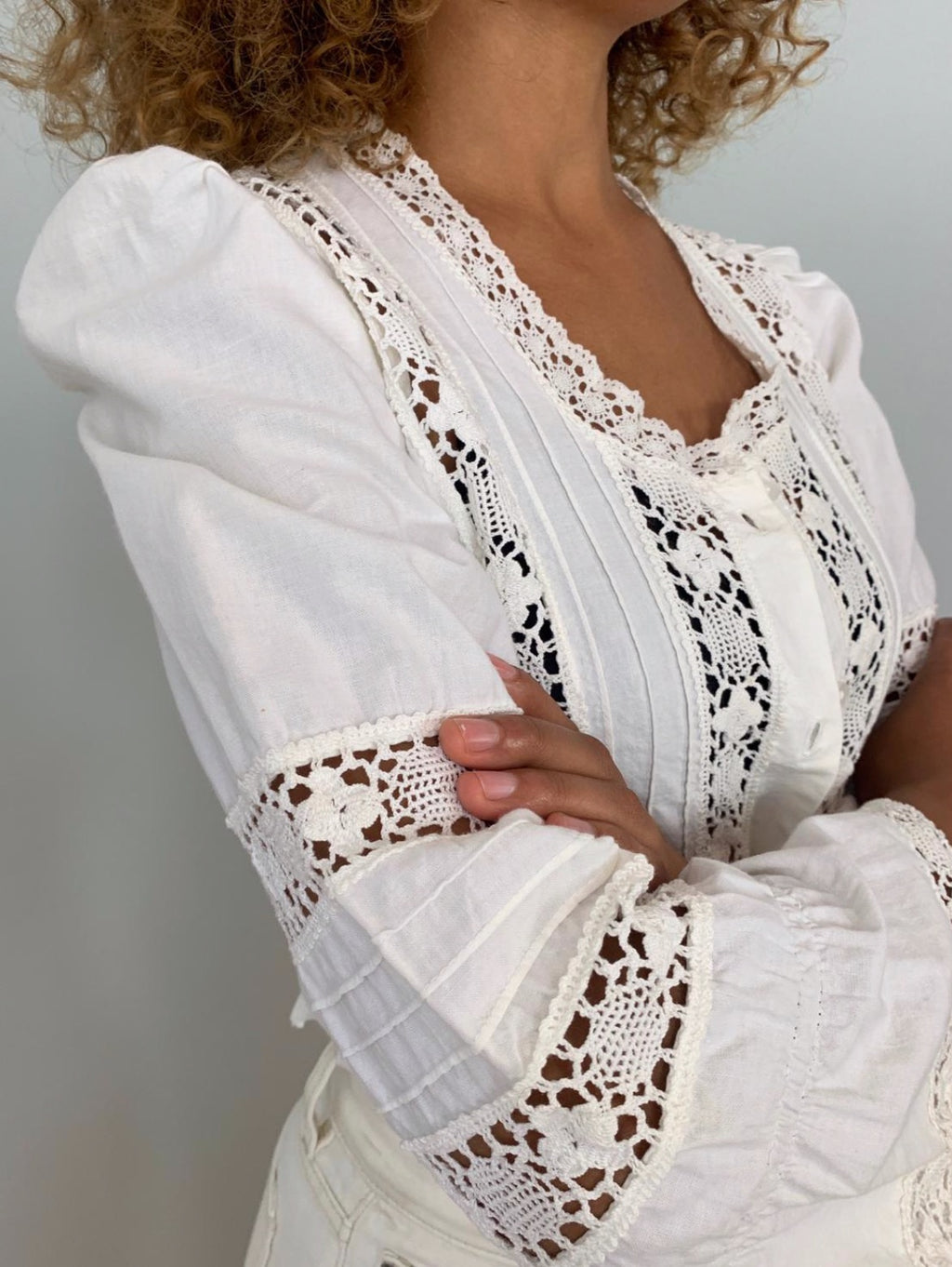 Laura Ashley 1970's linen and lace blouse