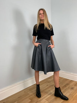 Romagnoli 1980's full leather skirt in grey