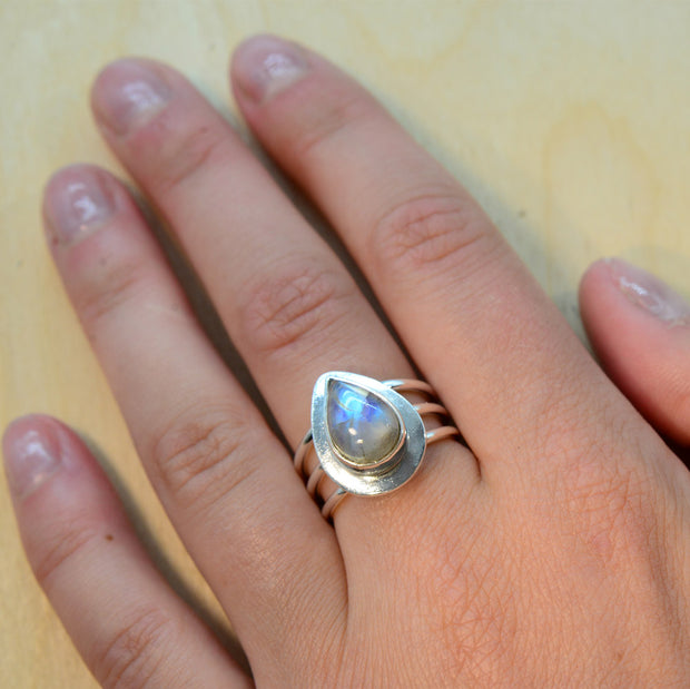 Moonstone Silver Size 7 Ring