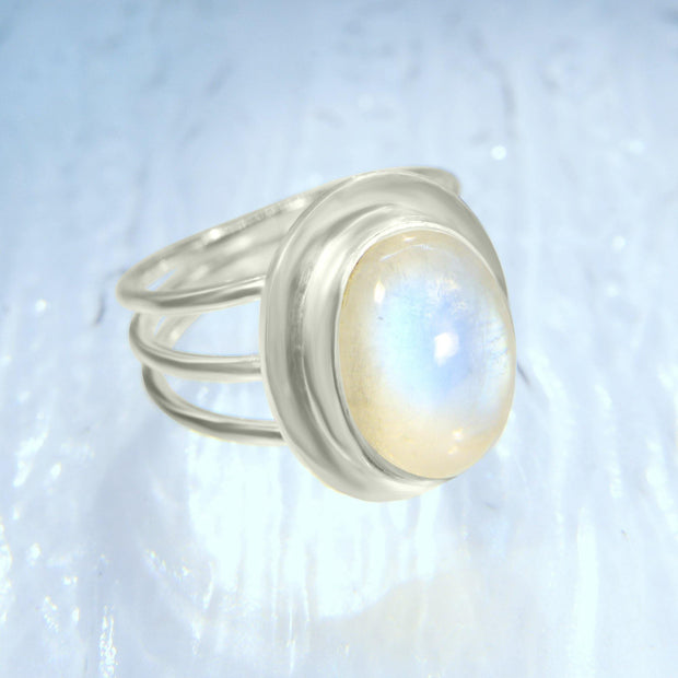 Beautiful Blue Moonstone Ring Size 8