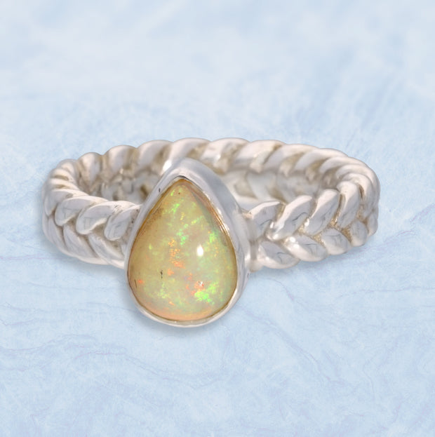 Welo Opal Celtic Silver Ring Size 5 ½