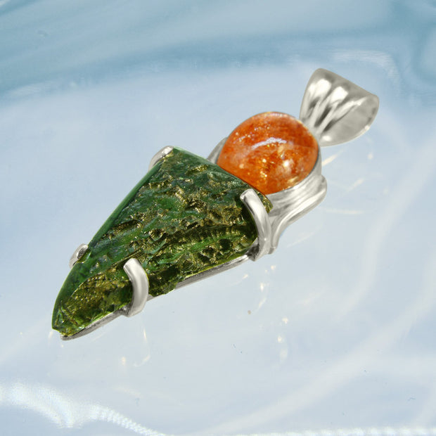 Amazing Sunstone & Real Moldavite Gemstone Necklace
