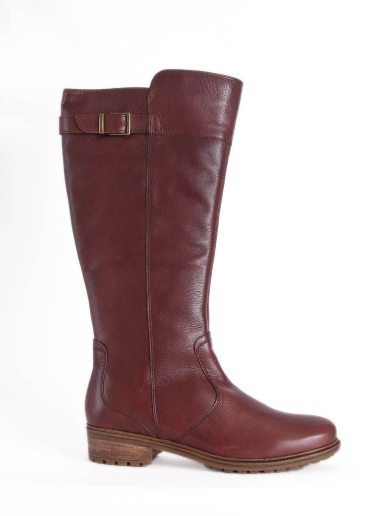 Long boot in soft tan leather wider calf