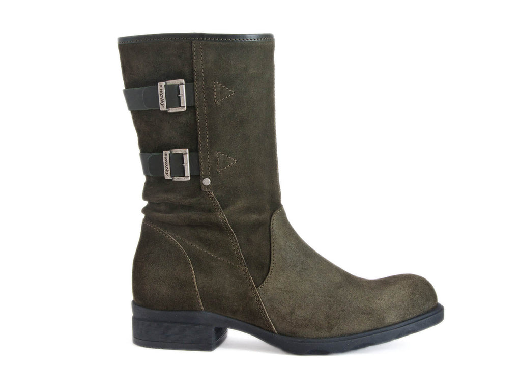 Mid calf boot with buckle detail