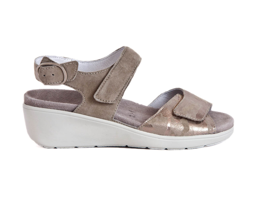 NUBUCK WEDGE SANDAL WITH VELCRO ADJUSTMENT