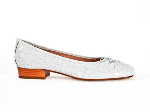 "Pump in soft ""croc"" patent leather-WHITE"