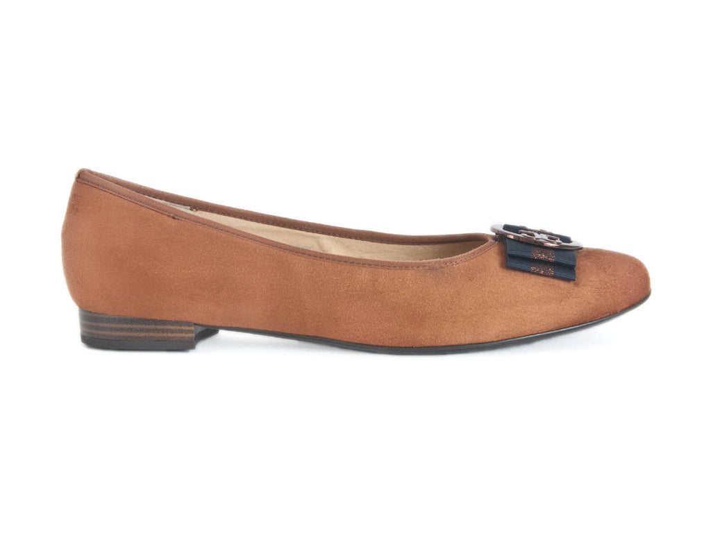 Pump in suede leather with trim-COGNAC