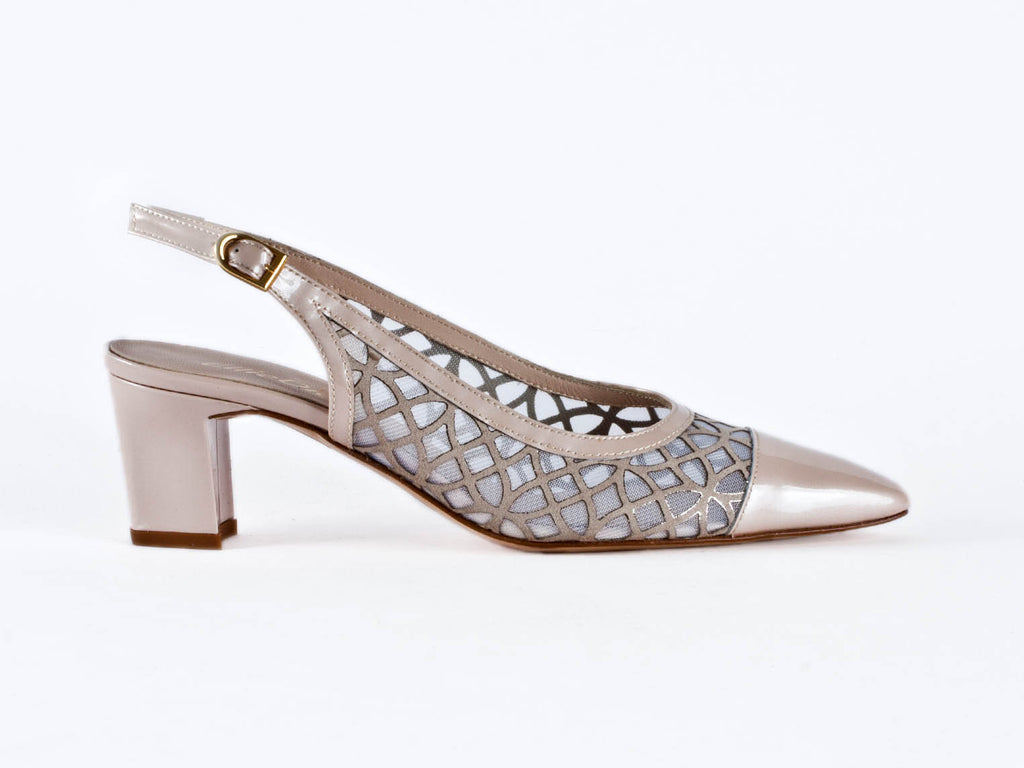 Patent leather and net beige slingback