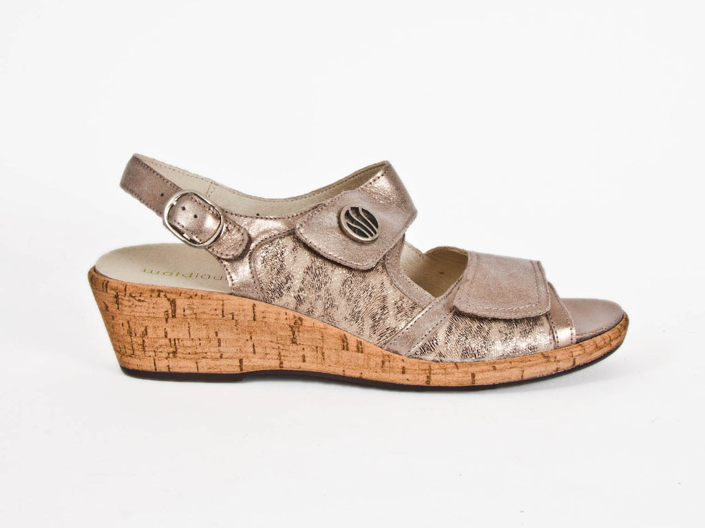 Helinda 2-strap leather wedge sandal