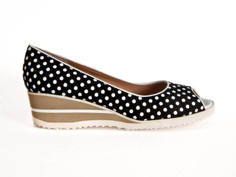 Peep-toe dotty nubuck wedge