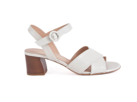 Cross over sandal
