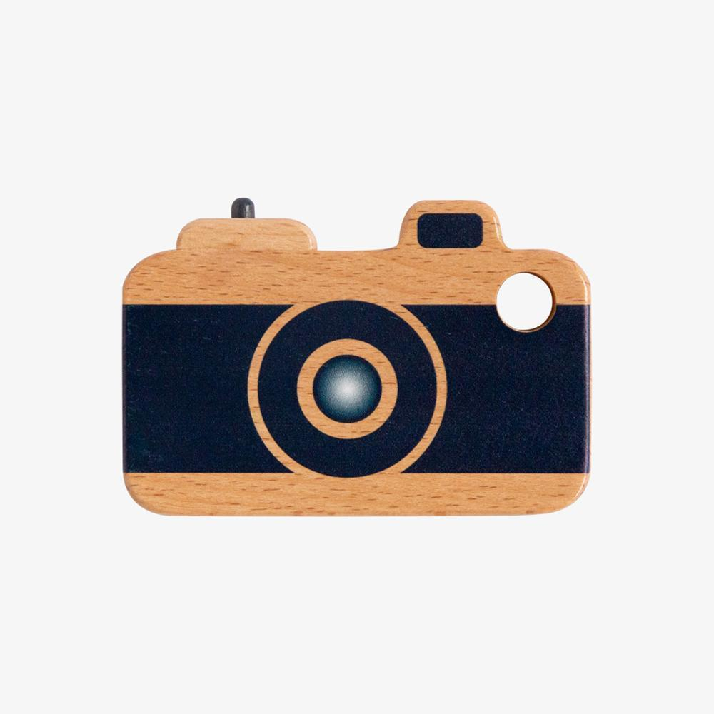 Make me Iconic Wooden Toys Loose Change Camera