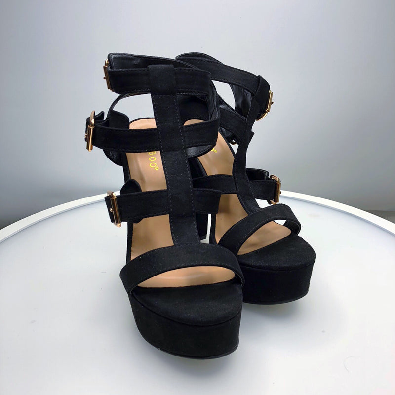 BLACK WITH GOLD BUCKLE HEELS