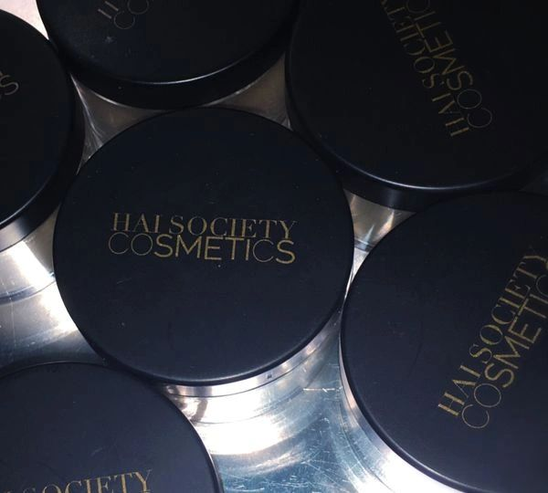 HAI SOCIETY OIL ABSORBING LOOSE POWDERS