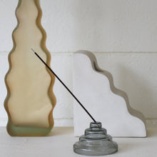Load image into Gallery viewer, Meso Glass Incense Holder