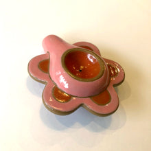 Load image into Gallery viewer, Daisy Pipe - Pink