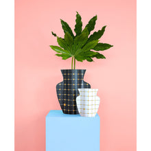 Load image into Gallery viewer, Lido Paper Vase