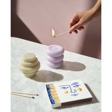 Load image into Gallery viewer, Lilac Templo Sculptural Candle