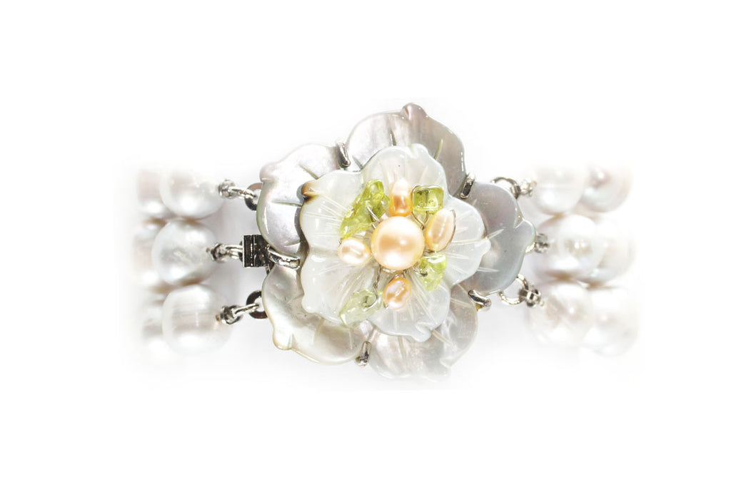 Flower Mother of Pearl and Pearl Bracelet with Sterling Silver