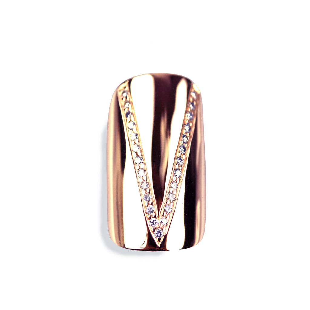 Vera Round Diamond Rose Gold Nail