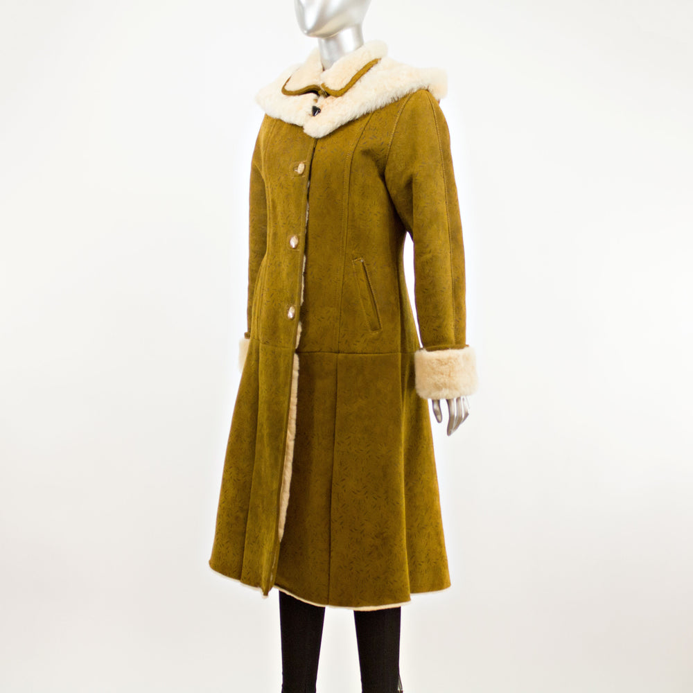 Camel Lamb Shearling Coat with Detachable Hood- Size XS (Vintage Furs)