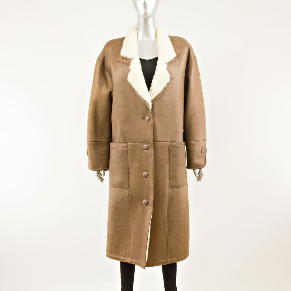 Light Brown Shearling Coat - Size M-L (Vintage Furs)