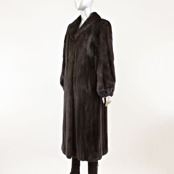 Ranch Mink Male Coat - Size M (Vintage Furs)