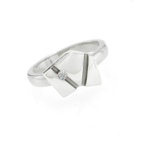 Asymmetrical Ring