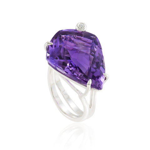 Shield Cocktail Ring: Amethyst