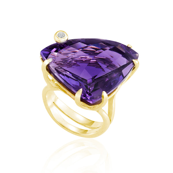 Gold Triangle Cocktail Ring: Amethyst