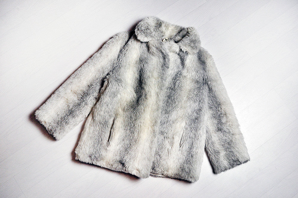 Vintage White/Grey Faux Fur Coat Jacket