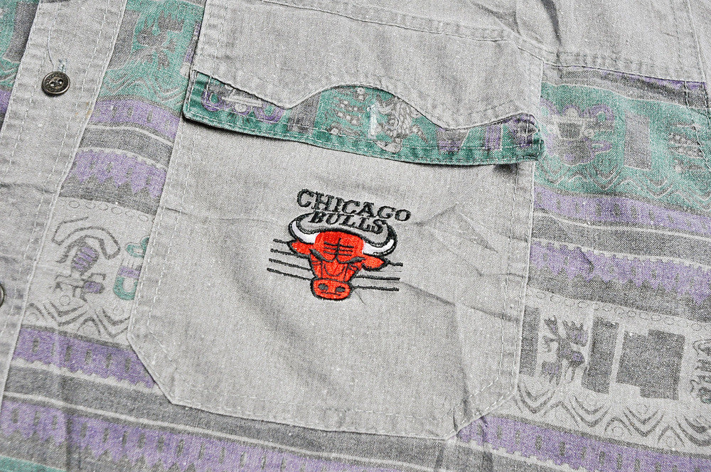Vintage Chicago Bulls Navajo Patterned Western Short Sleeve Shirt